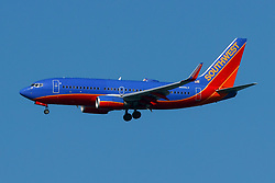 Boeing 737-7H4 (N440LV) operated by Southwest Airlines on approach to San Francisco International Airport (KSFO), San Francisco, California, United States of America