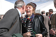 Tim Hales and Penny Graham. Ludlow Charity Race Day,  in aid of Action Medical Research. Ludlow racecourse. 24 march 2005. ONE TIME USE ONLY - DO NOT ARCHIVE  © Copyright Photograph by Dafydd Jones 66 Stockwell Park Rd. London SW9 0DA Tel 020 7733 0108 www.dafjones.com