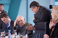 13 JAN 2016, BERLIN/GERMANY:<br /> Wolfgang Schaeuble (L), CDU, Bundesfinanzminister, und Sigmar Gabriel (R), SPD, Bundeswirtschaftsminister, im Gespraech, vor Beginn einer Kabinettsitzung, Budneskanzleramt<br /> IMAGE: 20160113-01-018<br /> KEYWORDS: Kabinett, Sitzung, Wolfgang Sch&auml;uble, Gespr&auml;ch
