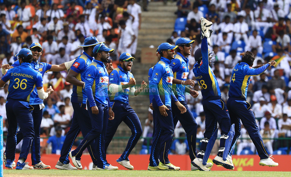 October 20, 2018 - Kandy, Sri Lanka - Sri Lankan cricketers celebrate during the 4th One Day International cricket match between Sri Lanka and England at the Pallekele International Cricket Stadium  Sri Lanka. Saturday 20 October 2018  (Credit Image: © Tharaka Basnayaka/NurPhoto via ZUMA Press)