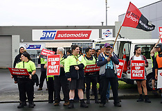 Auckland-BNT Automotive workers picket over pay dispute, Otahuhu