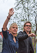 Brad Pitt & Ellen Degeneres visit Make it Right home