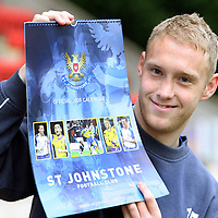 St Johnstone defender Steven Anderson pictured with the new 2008 calendar which is now on sale.<br /> see story by Gordon Bannerman Tel: 01738 553978 or 07729 865788<br /> Picture by Graeme Hart.<br /> Copyright Perthshire Picture Agency<br /> Tel: 01738 623350  Mobile: 07990 594431