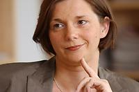 19 JUN 2003, BERLIN/GERMANY:<br /> Katrin Dagmar Goering-Eckardt, B90/Gruene Fraktionsvorsitzende, waehrend einem Interview in ihrem Buero, Jakob-Kaiser-Haus, Deutscher Bundestag<br /> IMAGE: 20030619-01-029<br /> KEYWORDS: Katrin Dagmar Göring-Eckardt