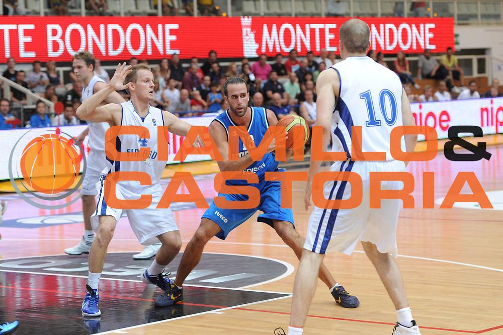 DESCRIZIONE : Trento Primo Trentino Basket Cup Finlandia Italia<br /> GIOCATORE : luigi datome<br /> CATEGORIA : passaggio<br /> SQUADRA : Finlandia Nazionale Italia Maschile <br /> EVENTO :  Trento Primo Trentino Basket Cup<br /> GARA : Finlandia Italia<br /> DATA : 25/07/2012<br /> SPORT : Pallacanestro<br /> AUTORE : Agenzia Ciamillo-Castoria/C.De Massis<br /> Galleria : FIP Nazionali 2012<br /> Fotonotizia : Trento Primo Trentino Basket Cup Finlandia Finlandia<br /> Predefinita :