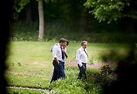 Den Haag , 12 juni 2017 - Mark Rutte (VVD), Sybrand van Haersma Buma (CDA, Alexander Pechtold (D66) en Jesse Klaver (Groenlinks) in de tuin van het Catshuis tijdens het formatieoverleg met Informateur Herman Tjeenk Willink. Foto: Phil Nijhuis