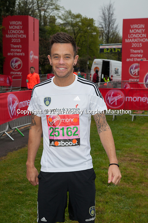 Lee Hendrie, aged 37, is a former Aston Villa and England footballer who will run for Cure Leukaemia in both his and the charity's first ever Virgin Money London Marathon - photographed at the celebrity start of the Virgin Money London Marathon 2015, Sunday 26th April 2015<br /> <br /> Roger Allen for Virgin Money London Marathon<br /> <br /> For more information please contact Penny Dain at pennyd@london-marathon.co.uk