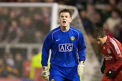 WARRINGTON, ENGLAND - Tuesday, February 26, 2008: Manchester United's goalkeeper Tom Heaton in action against Liverpool during the FA Premiership Reserves League (Northern Division) match at the Halliwell Jones Stadium. (Photo by David Rawcliffe/Propaganda)
