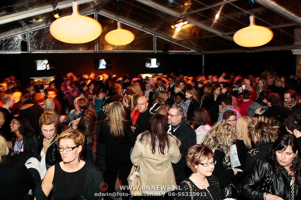 NLD/Amsterdam/20100131 - AIFW 2010, inloop modeshow Replay,