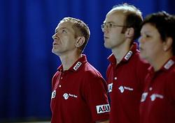 26-11-2006 HANDBAL: NEDERLAND - PORTUGAL: EINDHOVEN<br /> Nederland won ook de tweede oefenpartij van Portugal. In het Indoor Sportcentrum Eindhoven werd het 29-22 voor Oranje / Coach Sjors Rottger<br /> ©2006-WWW.FOTOHOOGENDOORN.NL