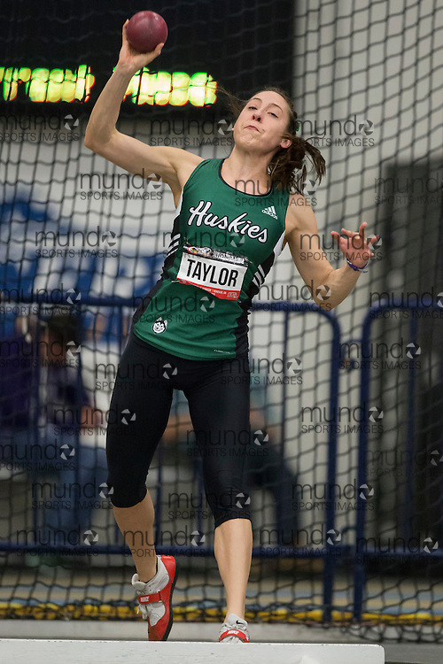 Windsor, Ontario ---2015-03-12--- Lauren Taylor of  Saskatchewan competes in the heptathlon shot put at the 2015 CIS Track and Field Championships in Windsor, Ontario, March 15, 2015.<br /> GEOFF ROBINS/ Mundo Sport Images