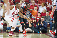 FAYETTEVILLE, AR - MARCH 4:  William Jackson II #0 of the Georgia Bulldogs dribbles down the court against Manuale Watkins #21 of the Arkansas Razorbacks at Bud Walton Arena on March, 2017 in Fayetteville, Arkansas.  The Razorbacks defeated the Bulldogs 85-67.  (Photo by Wesley Hitt/Getty Images) *** Local Caption *** William Jackson II; Manuale Watkins