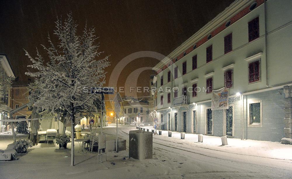 Neve a Cormons (Go) nella notte tra il 7 e l' 8 dicembre 2012..© foto di Simone Ferraro
