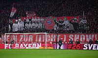 Fussball  DFB Pokal  Achtelfinale  2017/2018   FC Bayern Muenchen - Borussia Dortmund        20.12.2017 FC Bayern Fans gedenken alte Zeiten und sagen nein zur Licht Show