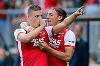 ALKMAAR - 21-09-2014 - AZ - PEC Zwolle, AFAS Stadion, 1-0, AZ speler Markus Henriksen (l) juicht nadat hij de 1-0 heeft gescoord, AZ speler Nemanja Gudelj (r).