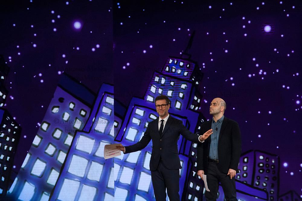 Fabio Fazio e Roberto Saviano durante la diretta RAI da via D'Amelio in occasione del 25° anniversario della strage di Capaci.