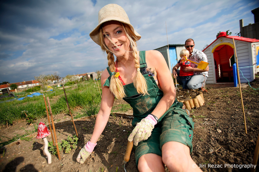 UK ENGLAND WEST SUSSEX 6MAY10 - German actress Susanne Gaertner and her son Callum do some gardening on her allotment plot in  West Sussex, England.<br />