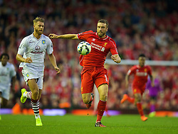 13.09.2014, Anfield, Liverpool, ENG, Premier League, FC Liverpool vs Aston Villa, 4. Runde, im Bild Liverpool's Rickie Lambert in action against Aston Villa // during the English Premier League 4th round match between Liverpool FC and Aston Villa at Anfield in Liverpool, Great Britain on 2014/09/13. EXPA Pictures © 2014, PhotoCredit: EXPA/ Propagandaphoto/ David Rawcliffe<br /> <br /> *****ATTENTION - OUT of ENG, GBR*****