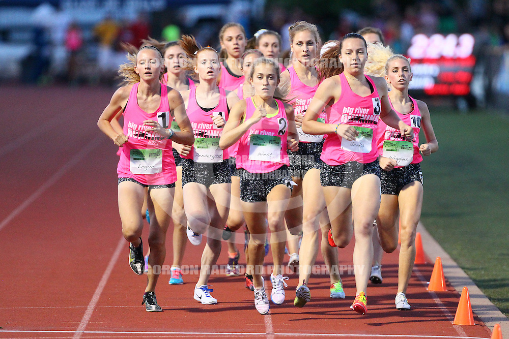 Anna West (2) of Lafayette runs in the 1 mile at the Festival of Miles on Thursday, June 2, 2016 at St. Louis University High School in St. Louis, Mo.  Gordon Radford | Special to STLhighschoolsports.com