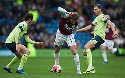 Jeff Hendrick of Burnley (C) in action - Mandatory by-line: Jack Phillips/JMP - 22/02/2020 - FOOTBALL - Turf Moor - Burnley, England - Burnley v Bournemouth - English Premier League