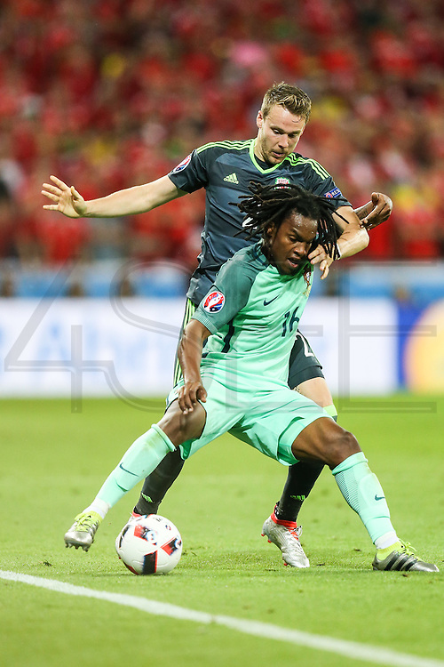 LYON, FRANCE, 06.07.2016 - PORTUGAL- WALES - Renato Sanches from Portugal in match against Wales, valid for the semi-finals of Euro 2016 at the Grand Stade de Decines-Charpieu near Lyon, France, this Wed Friday (6).