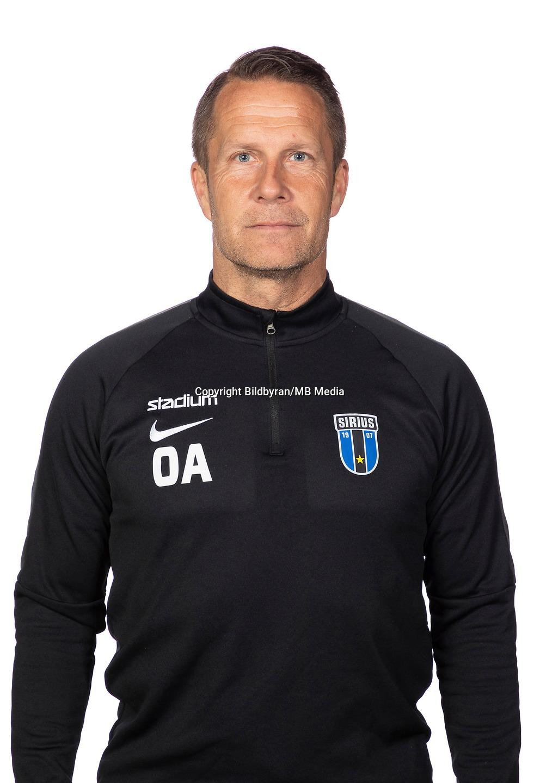 https://ssl.c.photoshelter.com/img-get2/I0000lrS94YUu82g/fit=3090x4488/g=G0000agnPicM3GX0/sportchef-Ola-Andersson.jpg