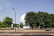 SERPENTINE PAVILION 2006, LONDON, W2 PADDINGTON, UK, REM KOOLHAAS - OFFICE FOR METROPOLITAN ARCHITECTURE, EXTERIOR, FROM CARRIAGE DRIVE LANDSCAPE