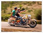 Moto sulla strada da Gairo Taquisara