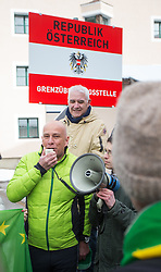 20.02.2016, Grenzübergang, Gries am Brenner, AUT, Demonstration gegen Grenzsicherungsmaßnahmen am Brenner, im Bild Willim Franz Kompatscher, Bürgermeister von Brenner // during a demonstration against cross assurance measures at the border from Italy to Austria in Gries am Brenner, Austria on 2016/02/20. EXPA Pictures © 2016, PhotoCredit: EXPA/ Jakob Gruber