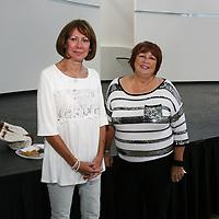 Pam Pendleton, Ona Tillay