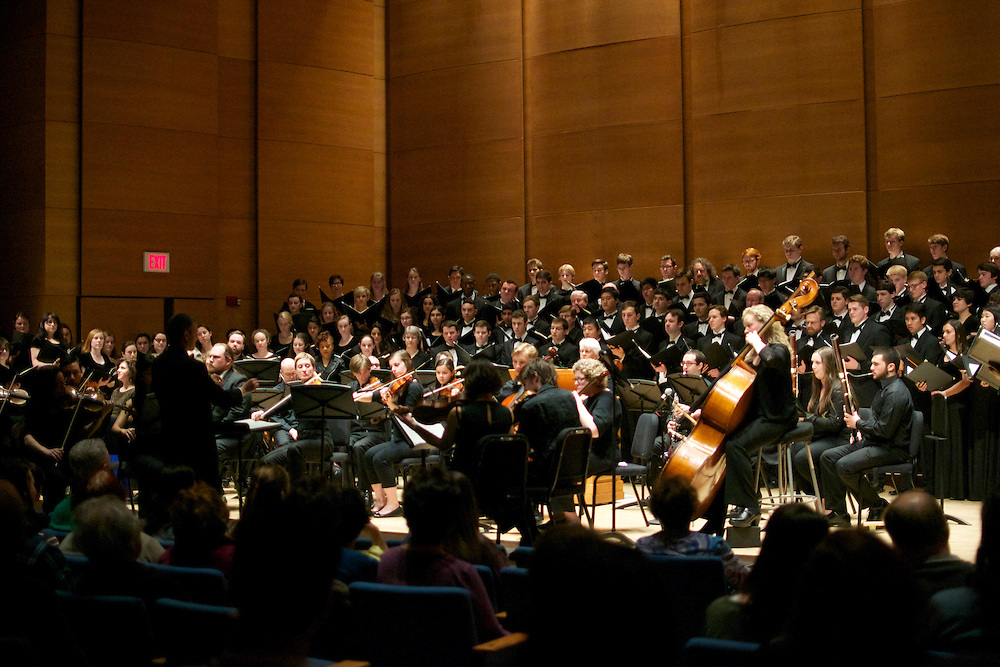 4/12/15 – Medford/Somerville, MA –Tufts University Chamber singers join with Concert Choir, Orchestra and Alumni for the Tufts Alumni Choral Weekend on Apr. 12, 2015. (Sofie Hecht / The Tufts Daily)