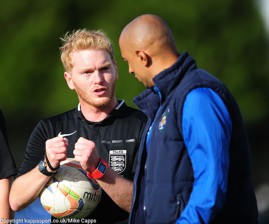 ANDREW HUMPHRIES REFEREE EXPLAINS HIS DECISIONS TO AN IRATE DUNSTABLE MANAGER ANTHONY FONTENELLE, ANDREW HUMPHRIES REFEREE, Dunstable Town v Basingstoke Town Evo Stick Southern Premier League, Creasey Park Saturday 1st October 2016, Score 1-3<br /> Photo:Mike Capps