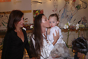 Davina McCall, Tamara Mellon and her daughter Minty. Launch of 'Lucy  Sykes Baby, New York' Selfridges. 14 April 2005. ONE TIME USE ONLY - DO NOT ARCHIVE  © Copyright Photograph by Dafydd Jones 66 Stockwell Park Rd. London SW9 0DA Tel 020 7733 0108 www.dafjones.com