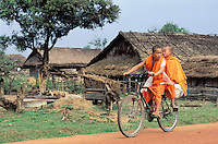 Young Monks - Muang Sing - Luang Nam Tha province - Lao People's Democratic Republic