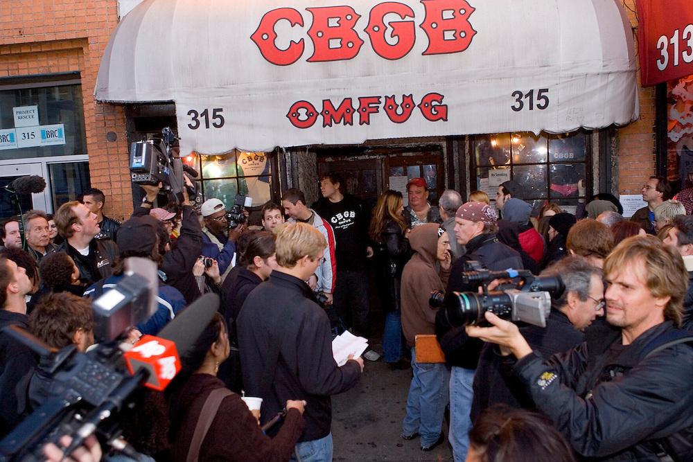 Closing night of CBGB's club in NYC<br />