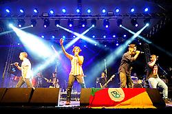P9 no palco pretinho do Planeta Atlântida 2014/RS, que acontece nos dias 07 e 08 de fevereiro de 2014, na SABA, em Atlântida. FOTO: Vinícius Costa/ Agência Preview