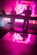 NOCTURNE 5 :: DEEP EASE , SESSION VICTIM<br /> , Musée d'art contemporain - Salle principale<br /> dimanche 31 mai<br /> Une dernière nuit de sons exubérants alors que le dub est métissé au jazz, à la house et à la techno par des artistes à la musicalité et à l'habileté technique redoutable, mixant les échantillons et jouant avec les ambiances pour créer un continuum qui enflamme le corps, l'âme et, si vous le possédez encore en cette dernière nuit du festival, l'esprit.