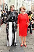 Prinses Margriet en Prinses Laurentien bij uitreiking ECF Princess Margriet Award for Culture 2017 in Paradiso, Amsterdam. ECF zet zich in voor cultuur in Europa. <br /> <br /> Princess Margriet and Princess Laurentien at the ECF Princess Margriet Award for Culture 2017 in Paradiso, Amsterdam. ECF is committed to culture in Europe.<br /> <br /> Op de foto / On the photo: <br /> <br />  Prinses Margriet en Prinses Laurentien  /  Princess Margriet and Princess Laurentien