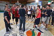 DESCRIZIONE : Bormio Raduno Collegiale Nazionale Maschile Allenamento<br /> GIOCATORE : Nazionale Italiana Team<br /> SQUADRA : Nazionale Italia Uomini <br /> EVENTO : Raduno Collegiale Nazionale Maschile <br /> GARA : <br /> DATA : 08/07/2009 <br /> CATEGORIA : team <br /> SPORT : Pallacanestro <br /> AUTORE : Agenzia Ciamillo-Castoria/G.Ciamillo<br /> Galleria : Fip Nazionali 2009 <br /> Fotonotizia : Bormio Raduno Collegiale Nazionale Maschile Allenamento<br /> Predefinita : si