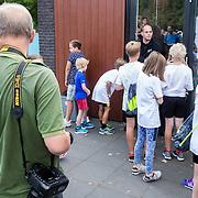 NLD/Utrecht/20160903 - Daphne Schippers geeft een clinic bij haar oude club, wachtende pers