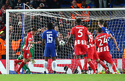 December 5, 2017 - London, England, United Kingdom - Saul Niguez of Atletico Madrid scores his sides first goal  ..during the Champions  League Group C  match between Chelsea and Atlético Madrid at Stamford Bridge, London, England on 5 Dec   2017. (Credit Image: © Kieran Galvin/NurPhoto via ZUMA Press)