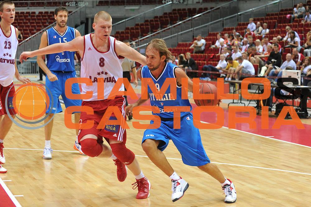 DESCRIZIONE : DANZICA POLONIA TORNEO INTERNAZIONALE SOPOT BASKET CUP Lettonia Italia<br /> GIOCATORE : giuseppe poeta<br /> CATEGORIA : palleggio<br /> SQUADRA : Nazionale Italia Maschile<br /> EVENTO : TORNEO INTERNAZIONALE SOPOT BASKET CUP<br /> GARA : Lettonia Italia<br /> DATA : 03/08/2012<br /> SPORT : Pallacanestro<br /> AUTORE : Agenzia Ciamillo-Castoria/M.Gregolin<br /> Galleria : FIP Nazionali 2012<br /> Fotonotizia :  DANZICA POLONIA TORNEO INTERNAZIONALE SOPOT BASKET CUP Lettonia Italia<br /> Predefinita :