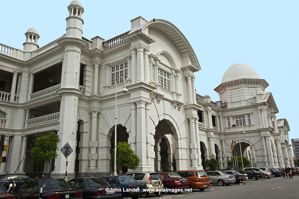 The Ipoh Railway Stations bears close resemblance to its Kuala Lumpur counterpart and is affectionately known to locals at the Taj Mahal of Ipoh. An impressive landmark which combines Moorish and architecture with modern embellishments designed by AB Hubback who also designed KL Railway Station.  The station is surrounded by a beautiful floral garden which serves as a charming welcome for tourists. In the garden you will find the Ipoh tree after which the city is named. Built in 1935 the building also houses the Majestic Hotel. The first railway lines in Malaysia were laid by the British to satisfy the transportation demands of the tin mining industry. It's charm and design has recently earned it to be one of the locations for the shooting of the Hollywood remake of Anna and the King staring Jodie Foster.