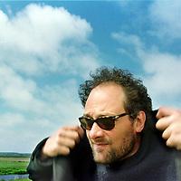 Nederland. Bergen. 1 juni 2003..Schrijver, columnist Adriaan Jaeggi (1963-2008)..Writer, peot and columnist Adriaan Jaeggi (1963-2008).