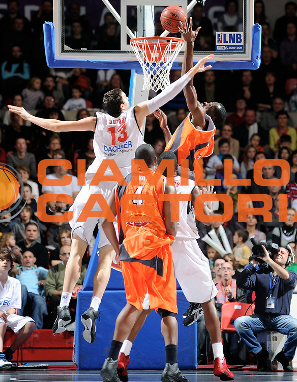 DESCRIZIONE : Championnat de France Basket Ligue Pro A  au Mans<br /> GIOCATORE : KOFFI Alain<br /> SQUADRA : Le Mans<br /> EVENTO : Ligue Pro A  2010-2011<br /> GARA : Le Mans Cholet<br /> DATA : 13/11/2010<br /> CATEGORIA : Basketbal France Ligue Pro A<br /> SPORT : Basketball<br /> AUTORE : JF Molliere/Herve Petitbon par Agenzia Ciamillo-Castoria <br /> Galleria : France Basket 2010-2011 Action<br /> Fotonotizia : Championnat de France Basket Ligue Pro A au Mans<br /> Predefinita :