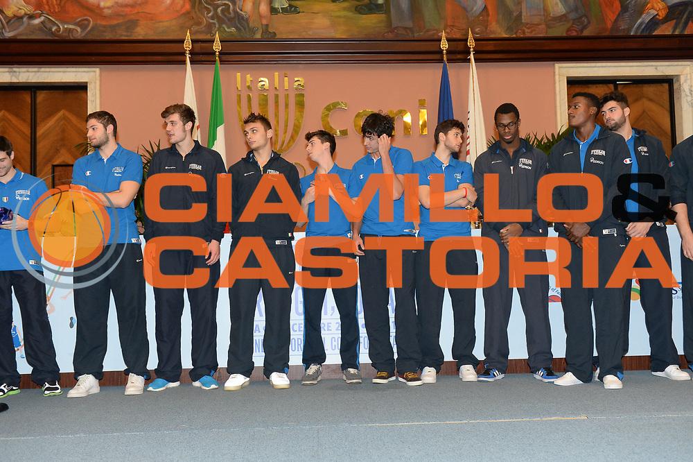 DESCRIZIONE : Roma Basket Day Hall of Fame 2013<br /> GIOCATORE : Nazionale Maschile Under 20<br /> SQUADRA : FIP Federazione Italiana Pallacanestro <br /> EVENTO : Basket Day Hall of Fame 2013<br /> GARA : Roma Basket Day Hall of Fame 2013<br /> DATA : 09/12/2013<br /> CATEGORIA : Premiazione<br /> SPORT : Pallacanestro <br /> AUTORE : Agenzia Ciamillo-Castoria/GiulioCiamillo