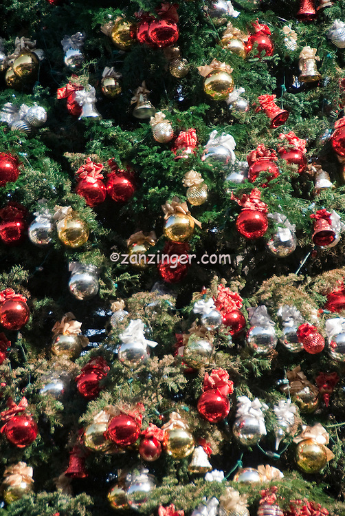 xmas christmas decorations red bronze silver 110ft tall christmas tree - Christmas Tree With Red And Silver Decorations