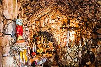 Gruta Ventorino Poletto. São Miguel do Oeste, Santa Catarina, Brasil. / <br /> Sanctuary to Our Lady of Lourdes. São Miguel do Oeste, Santa Catarina, Brazil.