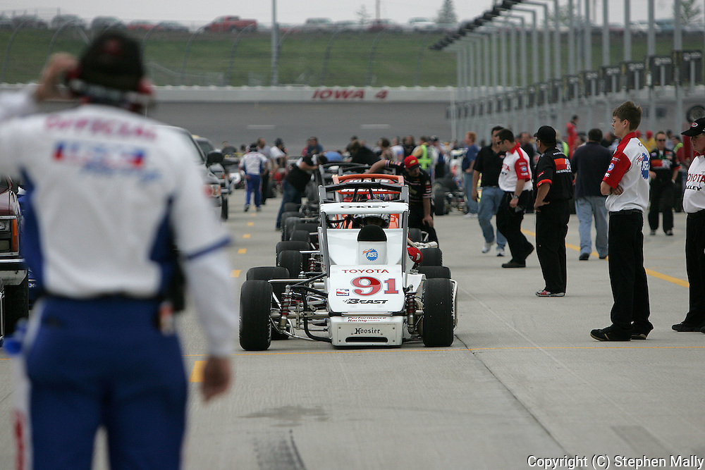 05 MAY 2007: Midget cars lineup on pit row before the start of the midget race at the Casey's General Stores USAC Triple Crown at the Iowa Speedway in Newton, Iowa on May 5, 2007.
