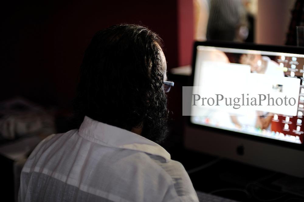 OGGI 18 Settembre 2010<br /> Live al Cineporto di Bari con ProPugliaPhoto e Apulia Film Commission<br /> Fotografia di Dario Luceri